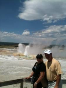happy_couple_clepsydra_geyser_id166